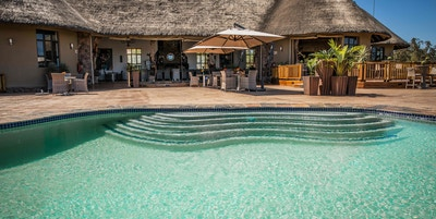 Sydafrika sebatana safari lodge pool liten